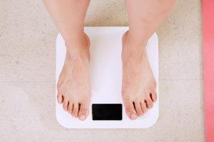 脂肪吸引を受けたら何キロ痩せる?脂肪吸引と体重の関係を解説!