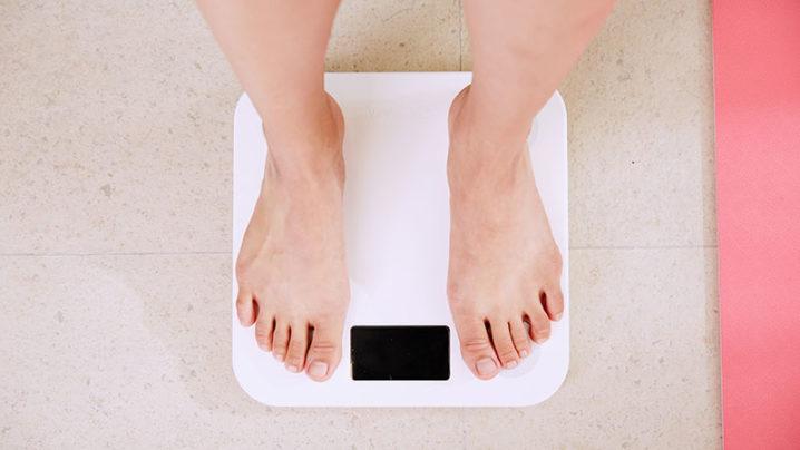 脂肪吸引は何cc取ればやせる?最適な脂肪吸引量について解説!