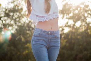 お腹の脂肪吸引後の拘縮とは?拘縮を緩和させる方法